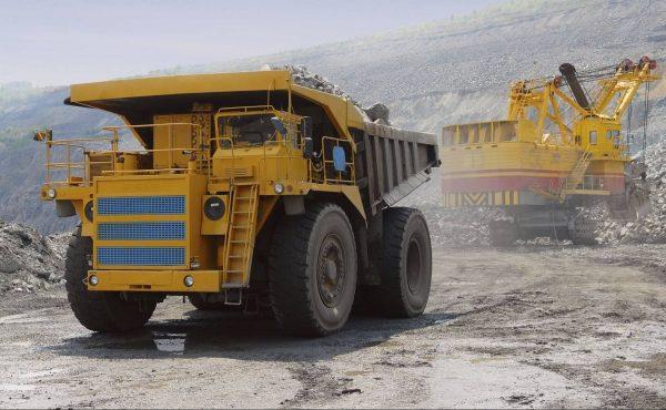 mining truck offroad